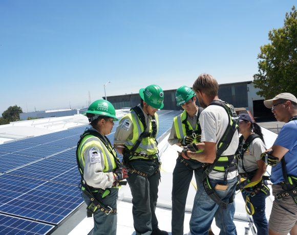 SJCC volunteers discuss solar design